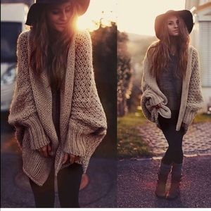 Sweaters - 🌟HP🌟Must have boho chic open oversized cardigan